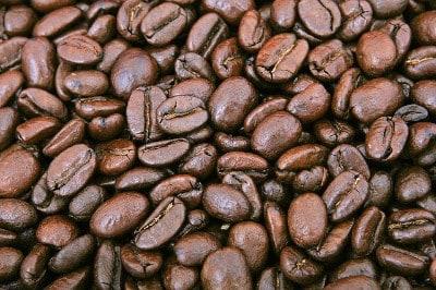 Gerösteter Kaffee aus dem Kochtopf